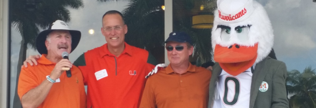 Judge Stan Blake, Don Bailey, Jr., Todd Payne with Sebastian the Ibis at the Golf Tournament