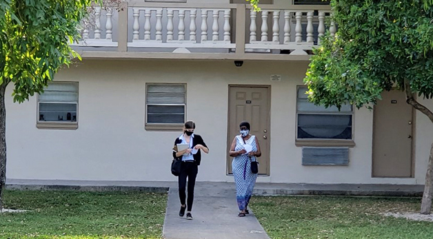 Tenants' Rights Clinic students knocking on doors